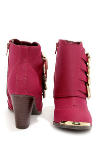 Bamboo Sharpay 03 Bordeaux and Gold Belted Ankle Boots at Lulus.com!