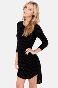 From Zags to Riches Black Velvet Shift Dress at Lulus.com!