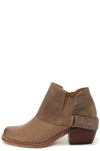 MTNG 93441 Faith Vagabundo Taupe Leather Western Booties at Lulus.com!