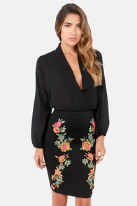 Cross-Stitch My Heart Embroidered Black Pencil Skirt at Lulus.com!