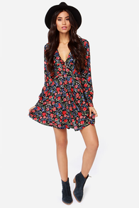 Madame Truly Long Sleeve Black Floral Print Dress at Lulus.com!