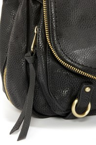 Home Stretch Black Handbag at Lulus.com!