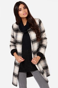 Totes Ma Coats Black and Tan Plaid Coat at Lulus.com!