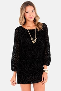 Land of the Midnight Sun Black Velvet Shift Dress