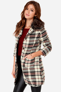 Plaid About Town Plaid Cream Coat at Lulus.com!