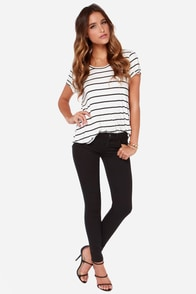 Dittos Selena Black Mid Rise Super Skinny Ankle Jeans at Lulus.com!