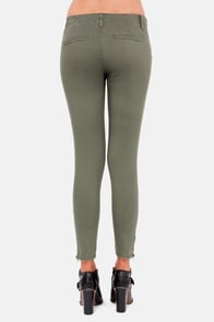 My Heart Zips a Beat Olive Green Pants at Lulus.com!