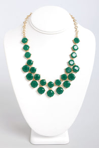 Loan Me a Stone Green Statement Necklace at Lulus.com!