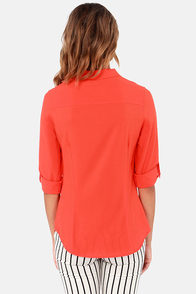 Come and Get It Coral Button-Up Top at Lulus.com!