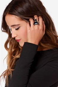 The Illumi-Hotty Black Triangle Ring at Lulus.com!