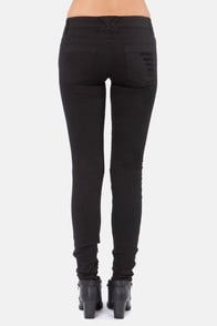 Tripp NYC Black Cat Fight Shredded Black Skinny Jeans at Lulus.com!
