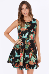 Crane Attraction Black Print Dress at Lulus.com!