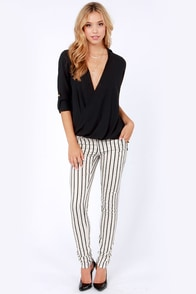 Hide and Chic Black Top at Lulus.com!