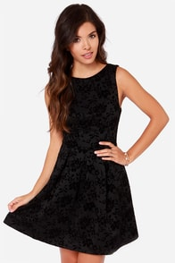 Guest of Honor Black Floral Print Jacquard Dress at Lulus.com!