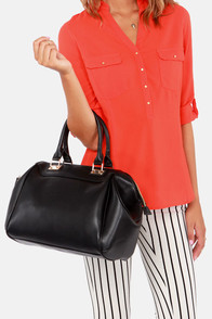 Roomy Mate Oversized Black Handbag at Lulus.com!