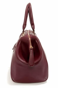 Roomy Mate Oversized Burgundy Handbag at Lulus.com!
