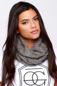 City by the Bay Grey Knit Infinity Scarf at Lulus.com!