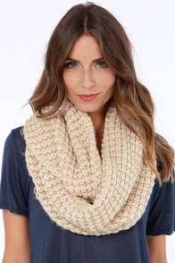 Costa Blanca Ever After Blush Infinity Scarf at Lulus.com!
