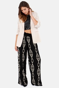 Tribal Treasure Black Print Pants at Lulus.com!