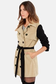 Lavand Block Right Up Black and Beige Coat at Lulus.com!