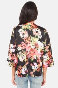 Just Fleur Fun Floral Print Kimono Top at Lulus.com!