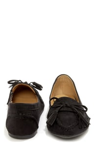Bamboo Catchy 02 Black Suede Tassel Loafers at Lulus.com!