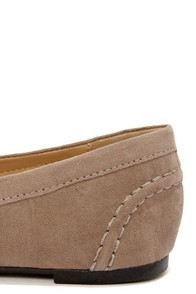Bamboo Catchy 02 Taupe Suede Tassel Loafers at Lulus.com!