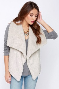BB Dakota Darby Light Beige Vest at Lulus.com!