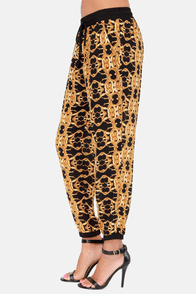 Gild Trip Baroque Print Cropped Pants at Lulus.com!