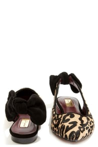 Report Signature Shani Leopard Pony Fur Bow-Back Flats at Lulus.com!