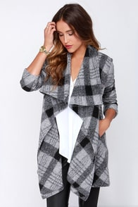 BB Dakota Colton Grey Plaid Coat at Lulus.com!