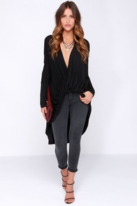 Down in Front Black Long Sleeve High-Low Top at Lulus.com!