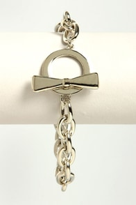 Bow and Chain Silver Chain Bracelet at Lulus.com!