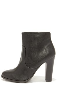 Height on Time Black High Heel Booties at Lulus.com!