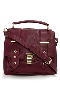 Steve Madden BMasinn Burgundy Purse at Lulus.com!