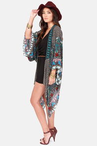 Misses Hippie Black Paisley Print Kimono Top at Lulus.com!