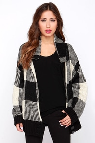 New Classic Black and Beige Knit Cardigan Sweater at Lulus.com!