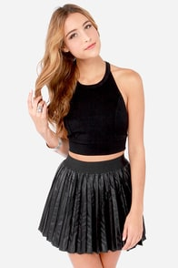 Best of the Southwest Cropped Black Halter Top at Lulus.com!