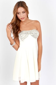 Bow and Steady Strapless Ivory Sequin Dress at Lulus.com!