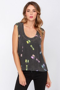 Chaser On the House Grey Muscle Tee at Lulus.com!