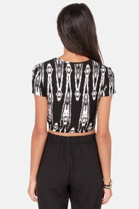 Tumbleweed Traveler Black and Ivory Print Crop Top at Lulus.com!