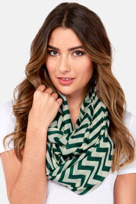 Chevron to You Hunter Green Scarf at Lulus.com!