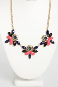 Hit the Floret Rhinestone Necklace at Lulus.com!
