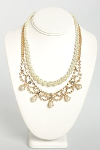 Tiara Time Pearl and Rhinestone Necklace at Lulus.com!