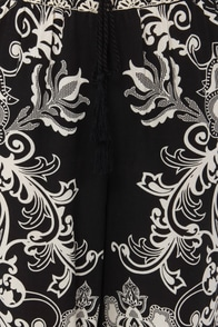 Where You Zen? Floral Print Wide-Leg Pants at Lulus.com!