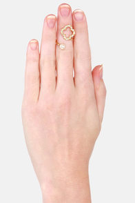 The Luck of the Stylish Rhinestone Clover Ring at Lulus.com!