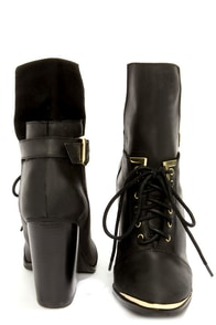 Grey City Bree Black Leather Lace-Up Ankle Boots at Lulus.com!