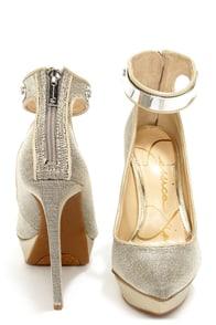 Jessica Simpson Voilla Silver Metal Mesh Pointed Platform Heels at Lulus.com!