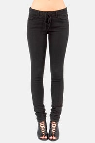 Billabong Hossegor Heights Black Skinny Jeans at Lulus.com!