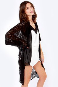 Feature of the Night Black Lace Kimono Top at Lulus.com!